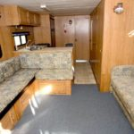 44' houseboat interior