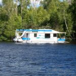 50' houseboat exterior 14a